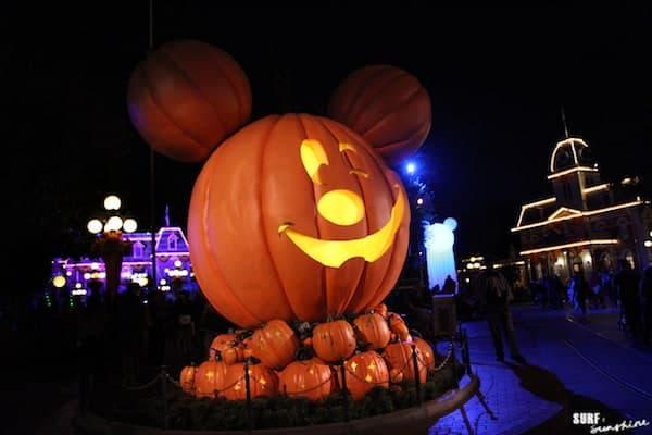 disneyland at halloween 3