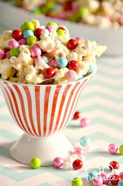 1 Unique Thing To Do With Popcorn For Christmas