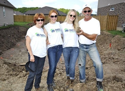 Rachel McAdams, pictured with her mother, father, and sister Kayleen for Habitat For Humanity