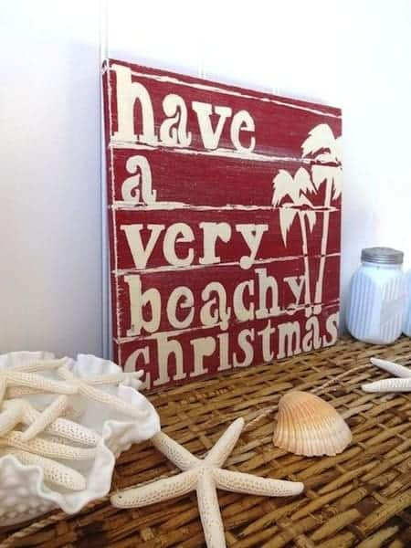 Beach Cottage Christmas Decor ideas 1