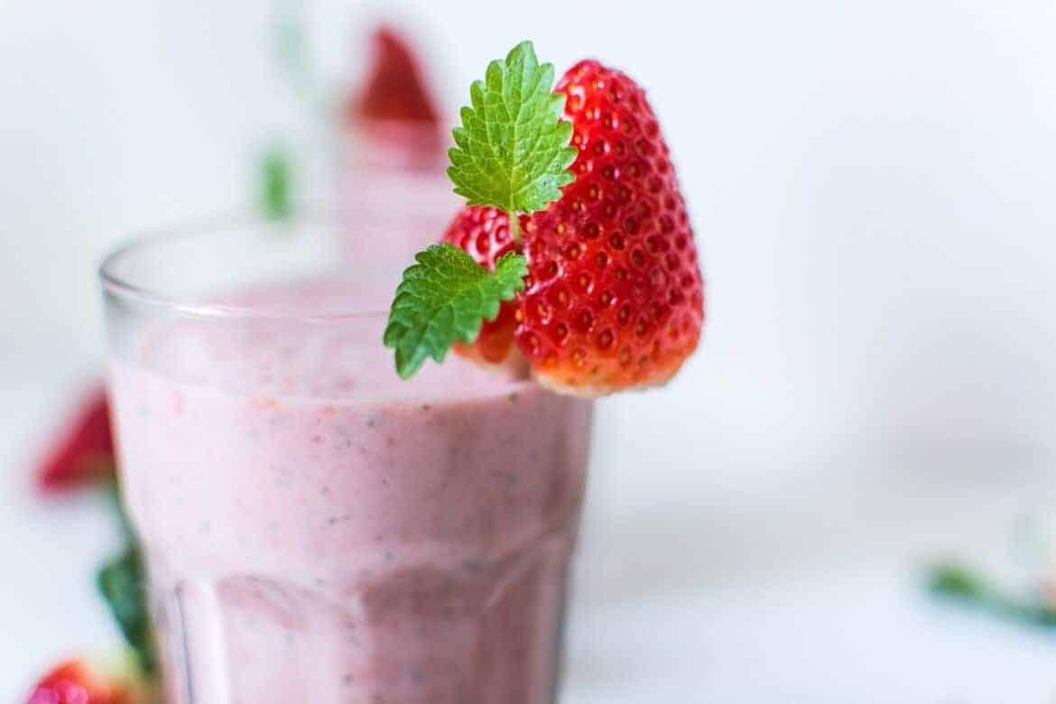 milkshake 1021027 1280 - Four Servings of Fruits and Veggies that Will Fit in Your Purse