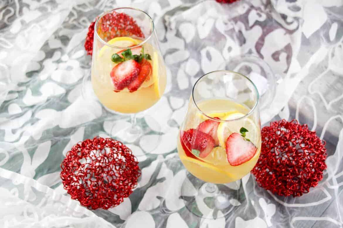 Ginger & Strawberry Whiskey Lemonade Recipe pinterest image