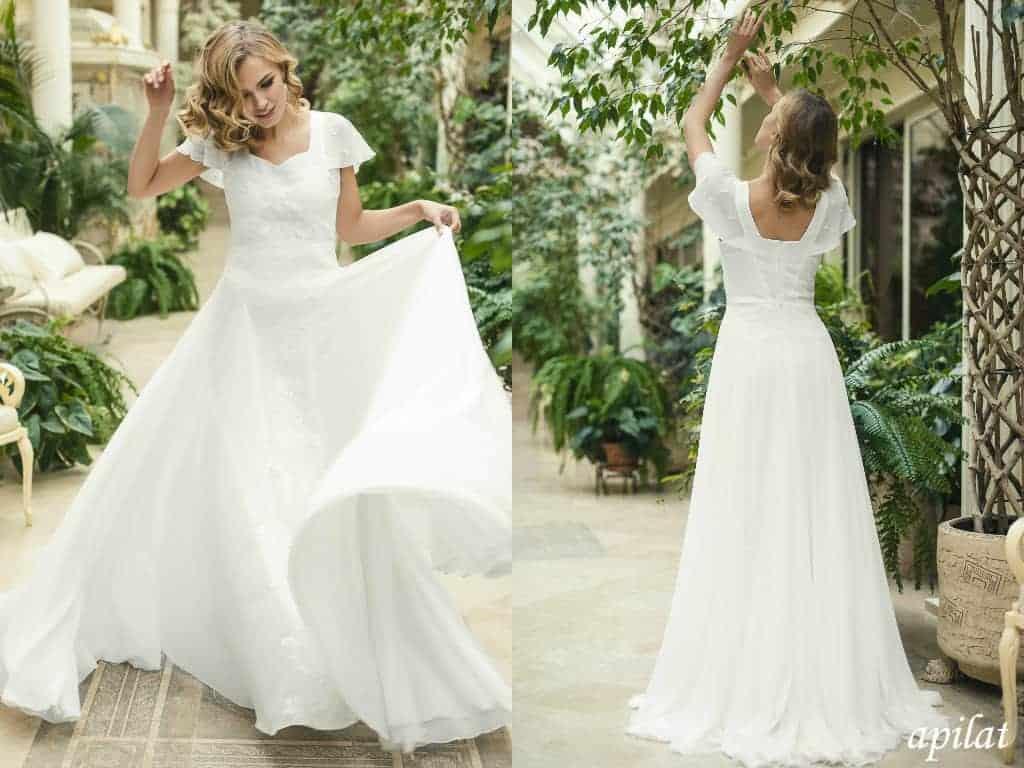 dress 16 - 20 Beautiful Beach Wedding Dresses You Can Buy on Etsy
