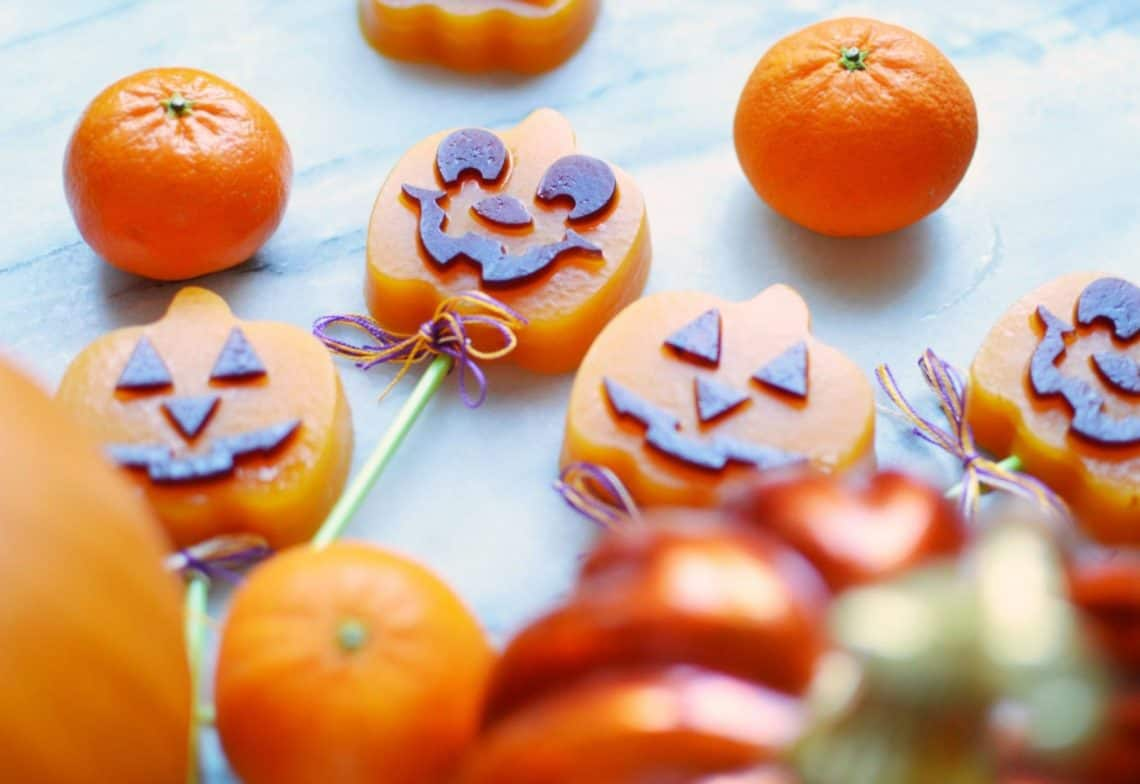 pumpkin jack-o-lantern halloween treats