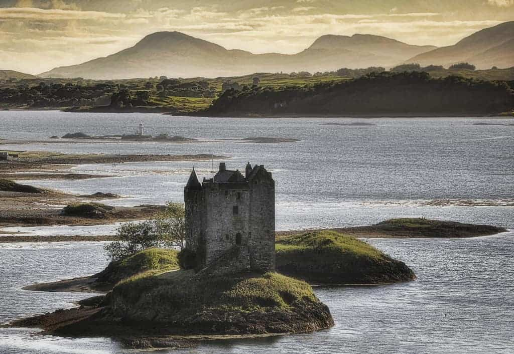 Castle Stalker - Must-See Bizarre Places Around the World