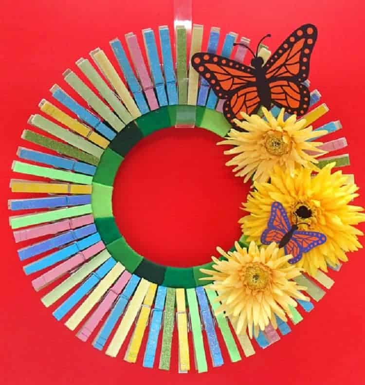 Clothes Pin Wreath 2