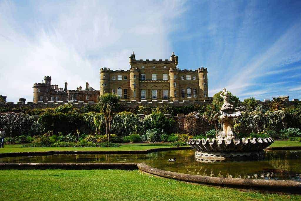 Culzean 2 - 13 Incredible Castles You Can Stay In for a Royal Vacation