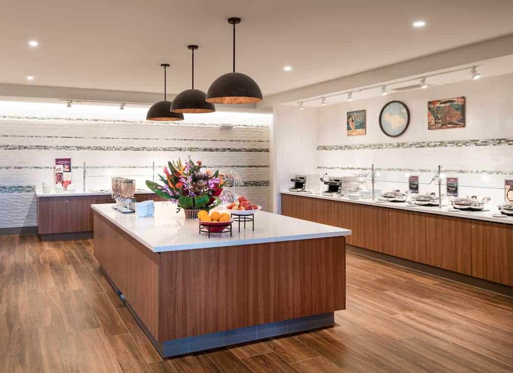 HNMRI Breakfast Buffet - Residence Inn Maui Puts the Relaxation Back in Vacation for Parents