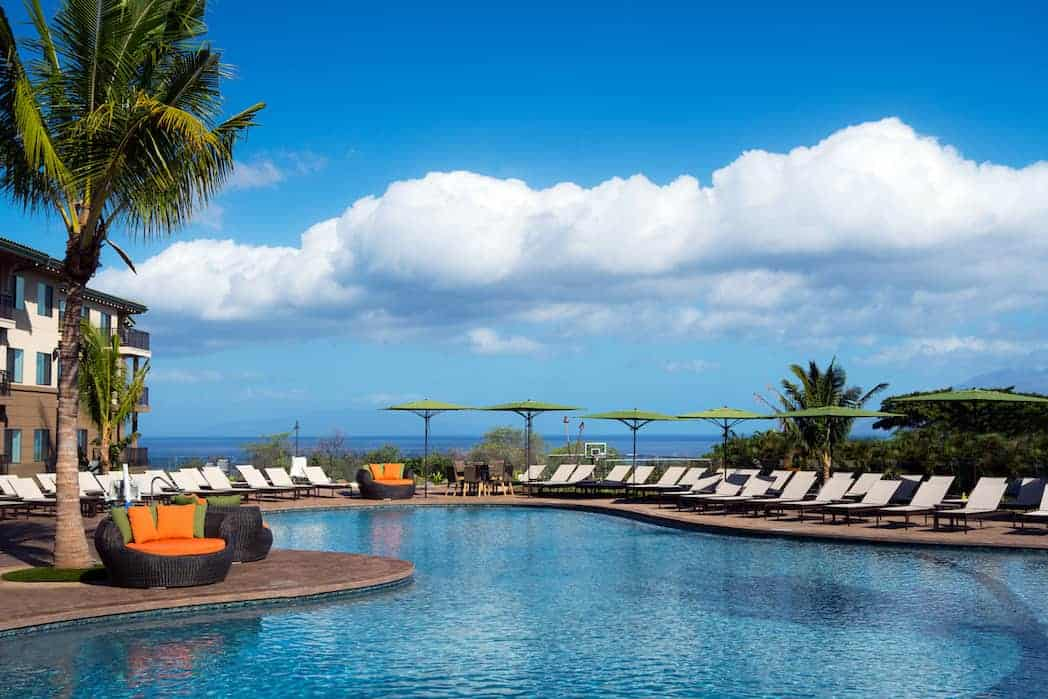 HNMRI Morning Pool - Residence Inn Maui Puts the Relaxation Back in Vacation for Parents