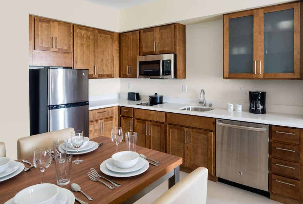 HNMRI ONQQ OVOG Rooms Kitchen - Residence Inn Maui Puts the Relaxation Back in Vacation for Parents