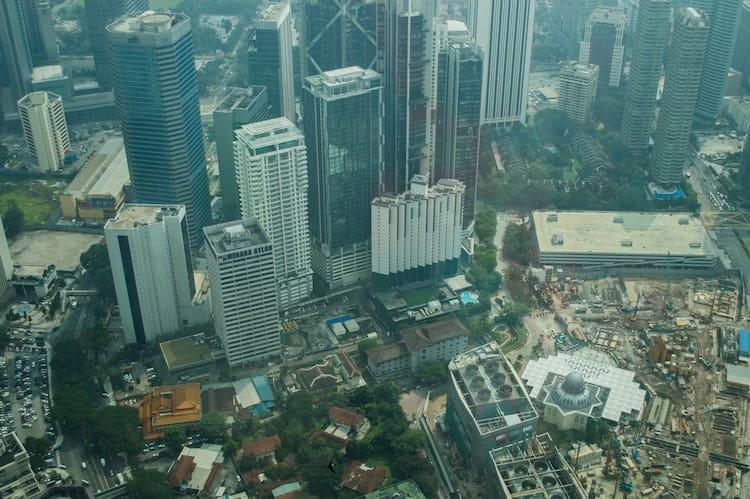 Petronas Towers3 - An Interesting History of The Petronas Twin Towers in Kuala Lumpur