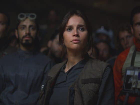 RogueOne5849bdbea6a0b 560x420 - Rogue One: A Star Wars Story Gives Hope
