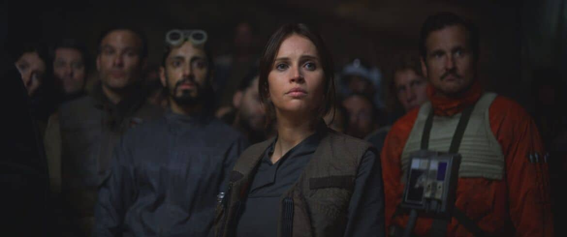 RogueOne5849bdbea6a0b - Rogue One: A Star Wars Story Gives Hope
