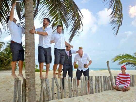 beach wedding groomsmen attire 560x420 - 10 Stylish and Trendy Groomsmen Outfit Ideas