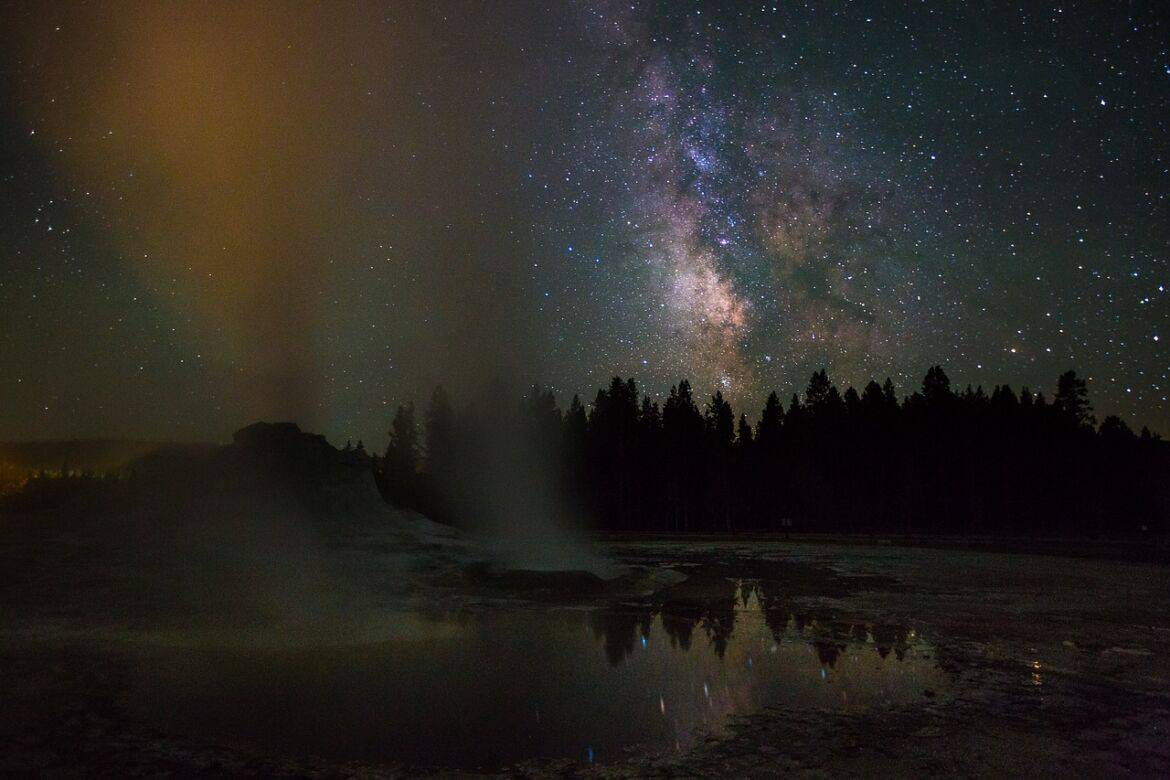 castle geyser 871516 1280 - Family Road Trip Ideas: 5 National Parks to Conquer this Summer