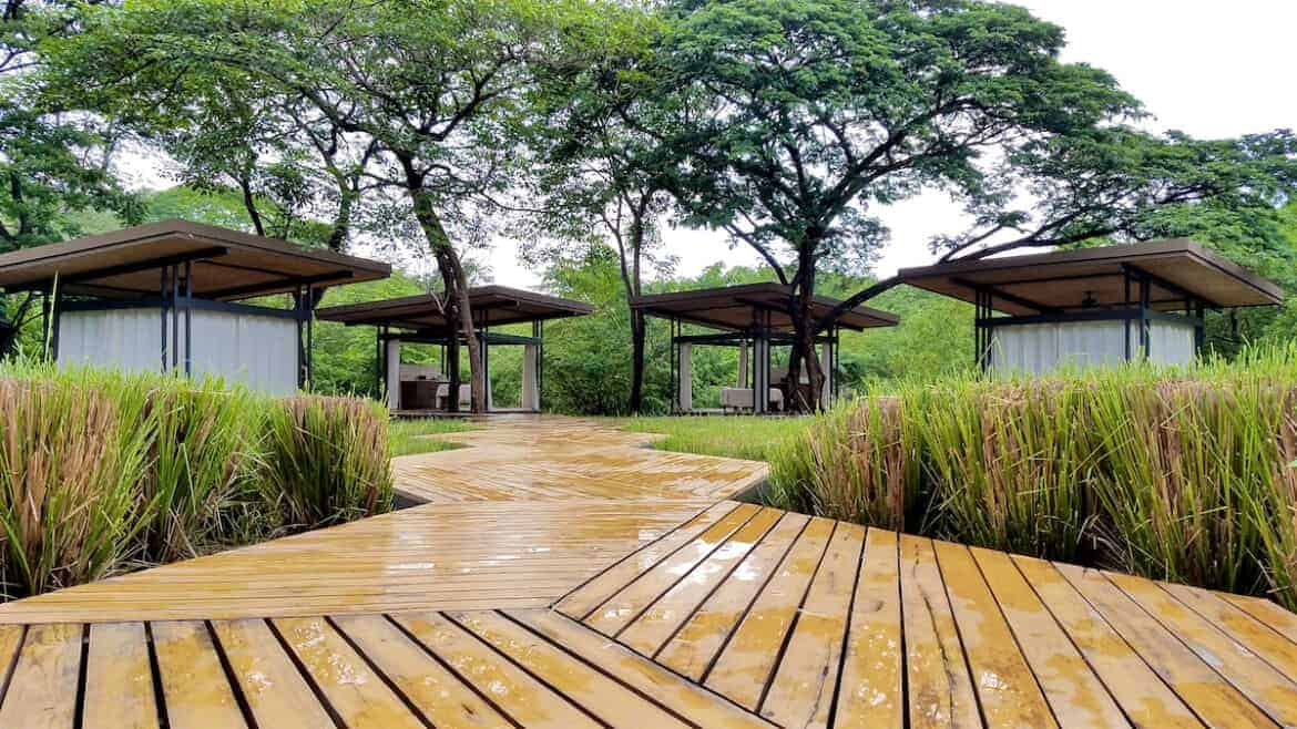 El Mangroove Costa Rica -bearth-spa-outdoor-treatment-rooms