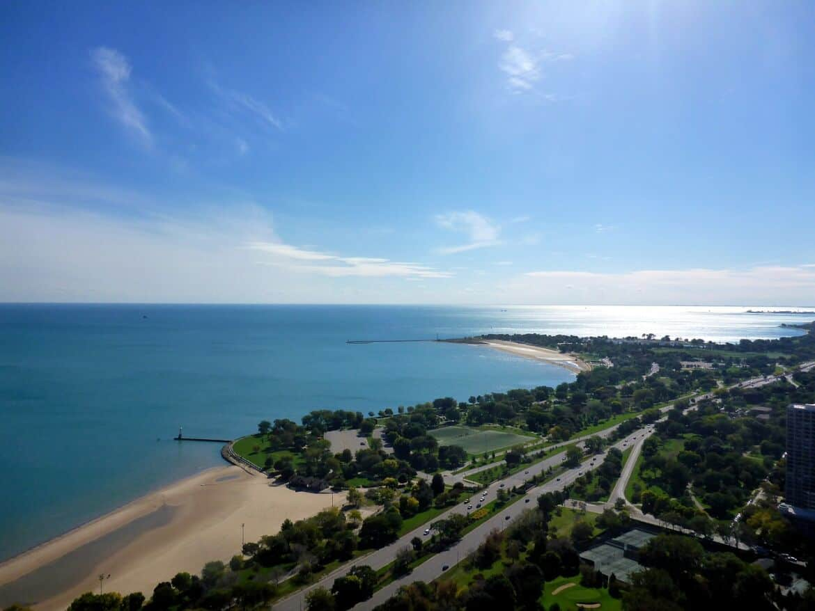 lake-michigan-476869_1280