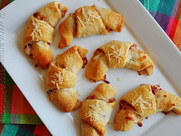 pizza-crescent-roll-ups-2