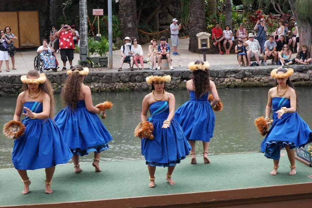 polynesian cultural center 1 - Polynesian Dances and Chants Explained
