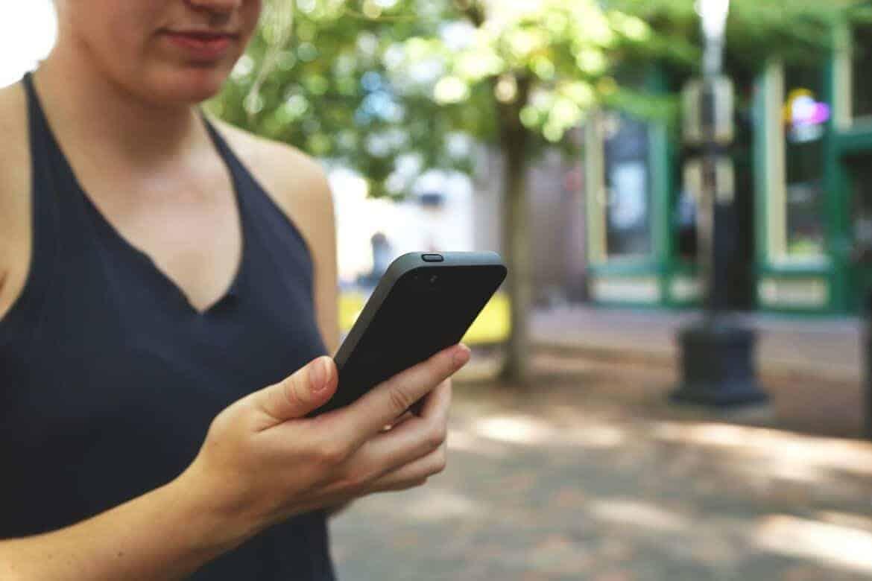 smartphone-593348_1280
