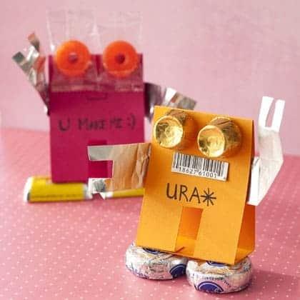 treat-transmitters-valentines-day-craft-photo-420-FF0210VALENW05