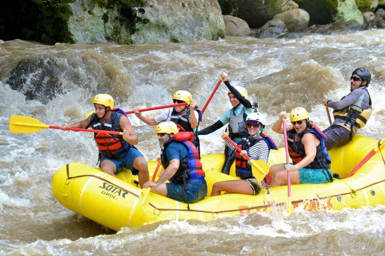 whitewater rafting costa rica